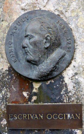 Stèle Henry Mouly